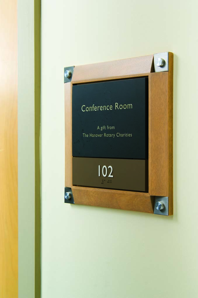Hybrid Donor/Room ID Sign for Howe Library