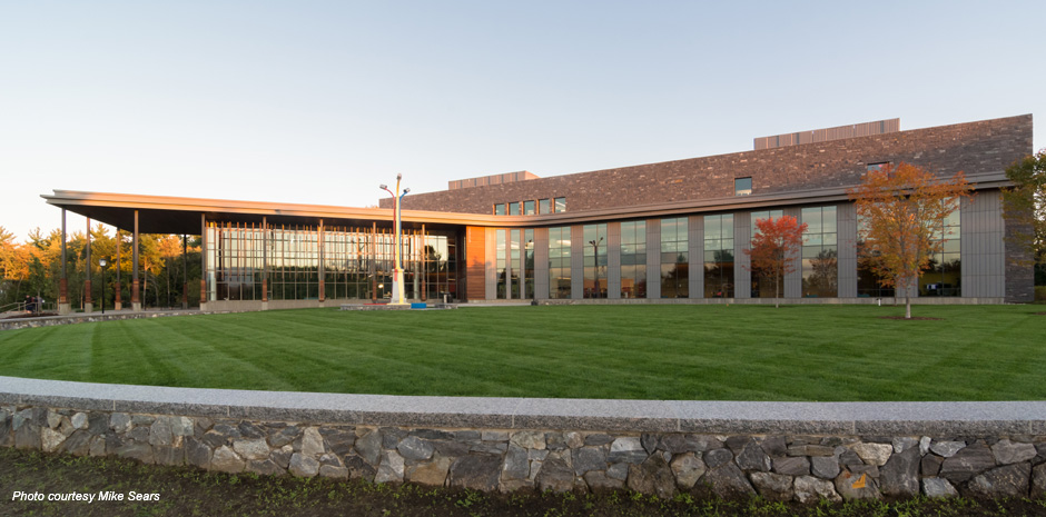 SNHU Library Learning Commons - Manchester, NH