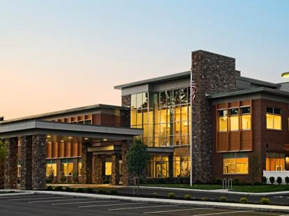 2012 People's Choice Award: Non Residential, NE Rehab. Hospital at Pease